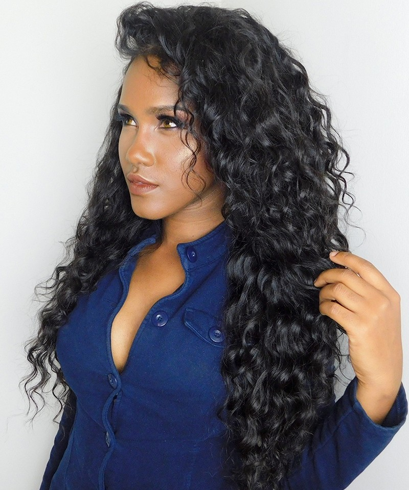 Loose Wave Pre Plucked 360 Lace Frontal Closure With 2 Bundles