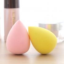 Color Random 2pcs Makeup sponge gourd shape powder puff powder foundation sponge dry wet sponge egg powder puff.